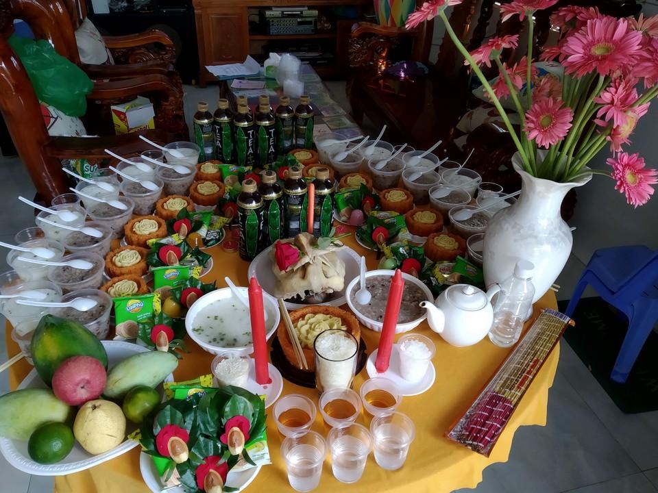 Mâm xôi chè cúng mụ tại An Phú Thuận An giá rẻ 3