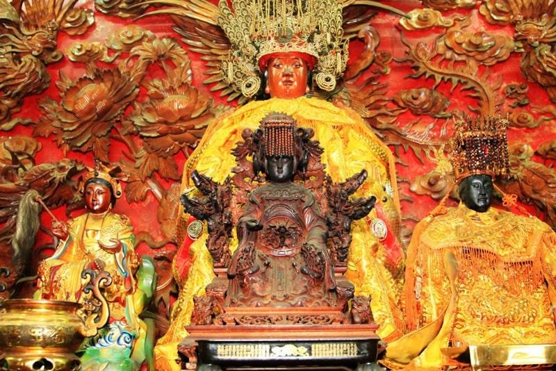 Những lưu ý khi cúng chùa bà Thiên Hậu Bình Dương 5